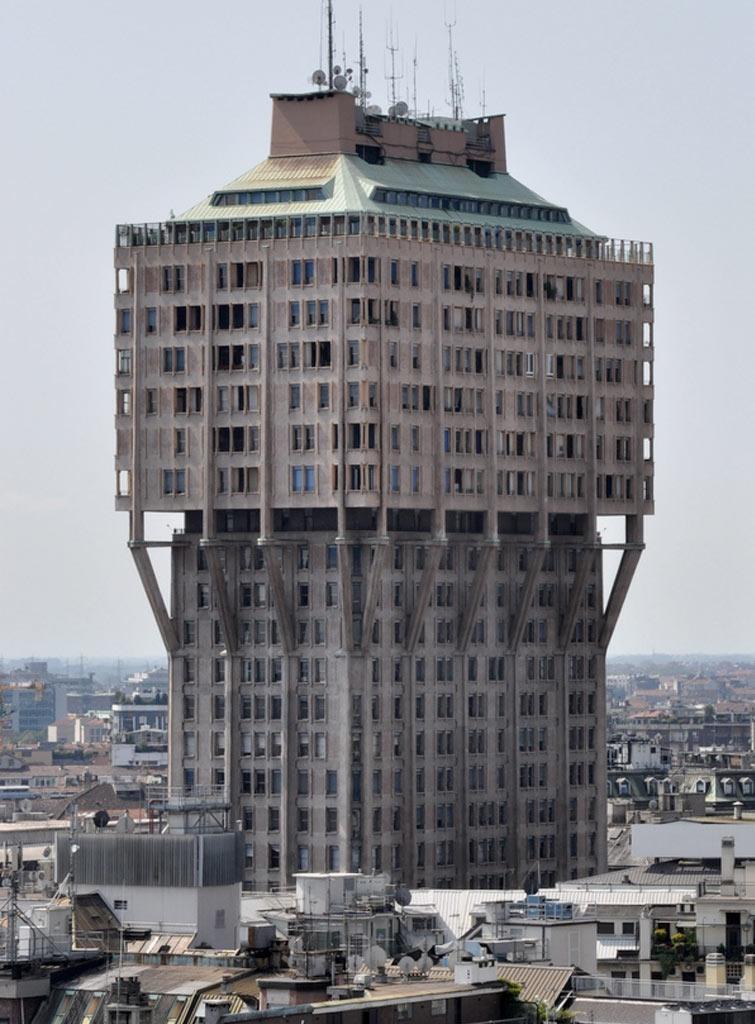 Torre Velasca, Milano, 1958