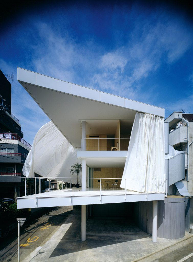 Curtain Wall House, Tokyo 1995